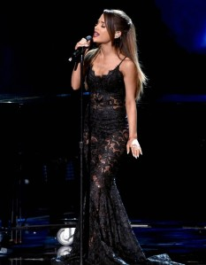ariana-grande-american-music-awards-2014-05