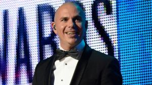 gty_pitbull_american_music_awards_show_jc_141121_16x9_992
